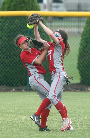 Elyria beats Parma, advances to regional final