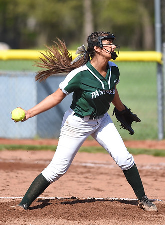 Errors doom Elyria Catholic against Independence
