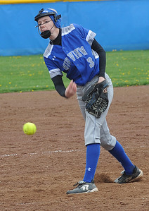 Midview's Lauren Landers pitches against Avon on April 21.  STEVE MANHEIM/CHRONICLE