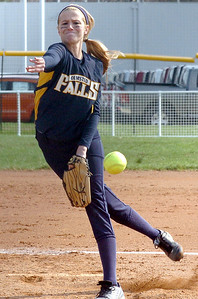 OF's pitcher #8 Lauren Franklin