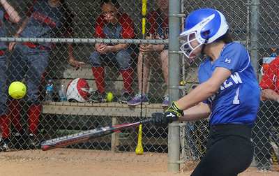 Midview's Audra Clapper bats against Elyria. KRISTIN BAUER | CHRONICLE