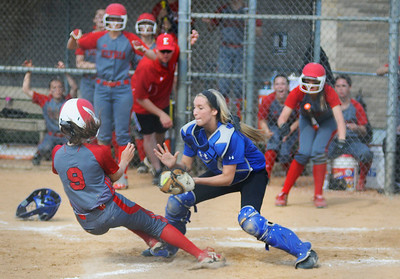 052214_ELYSOFTBALL_KB09