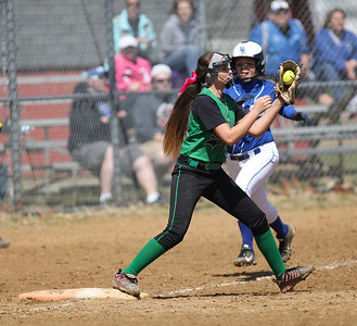 Columbia's Kailey Minarchick gets an easy out against Bishop Ready.  RAY RIEDEL/CHRONICLE