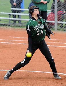 Westlake's Katie Lew pitches. STEVE MANHEIM/CHRONICLE