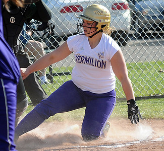Vermilion's Sarah Jasinski scores in the first inning Apr. 4.   Steve Manheim