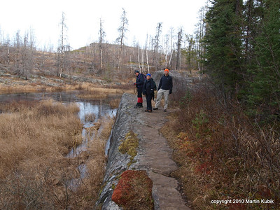 On Saturday, after breakfast, lentghy ideological session, and lunch we departed to the Magnetic Rock off the Gunflint Trail.  Our hope was that the Aliens were going to land there and bring us funds for tools and safety glasses for clearing trails.  Will they?