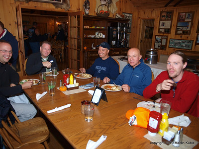Next we celbrated Kek reopening anniversary with a dinner at the Gunflint Lodge.