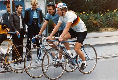 26.9.1981: Vor dem Start zum P&S Preis in Katzwang erhält der DM 1981 Raimund Dietzen aus Trier Anweisungen vom Capitano der RSG Nürnberg, Dieter Flögel.