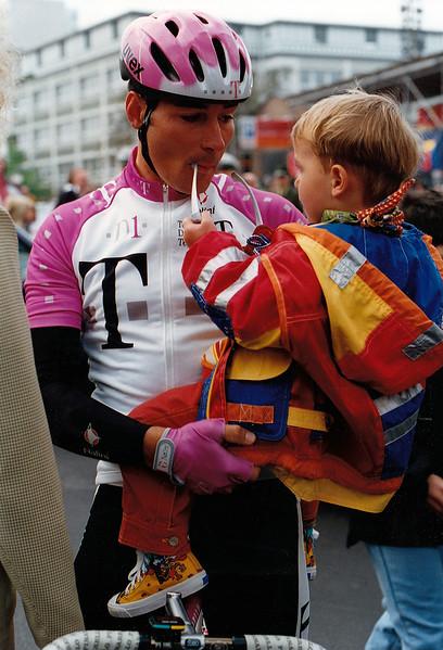 1.5.1996 Henninger Turm: Erik and Rick Zabel