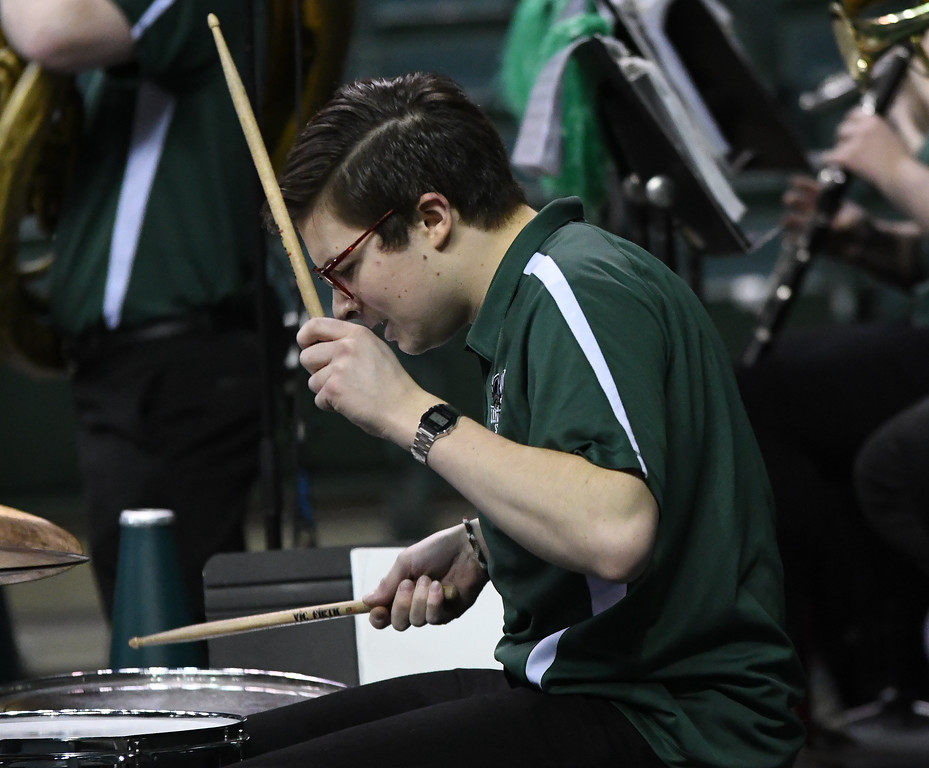 . Eric Bonzar�The Morning Journal<br> The Cleveland State band entertain the crowd, Jan. 1, 2018.