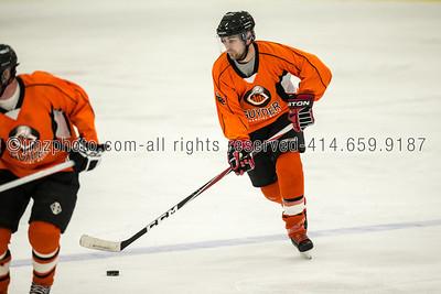 recHockey Guyder WCHL_20130426-101