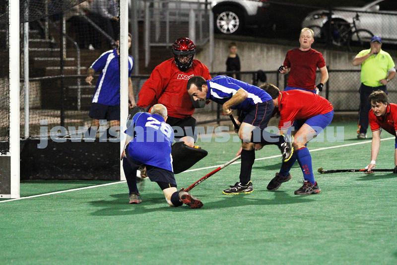 10-9-12. Maccabi veterens hockey defeat Hawthorn in the grand final 2-1. Photo: Peter Haskin
