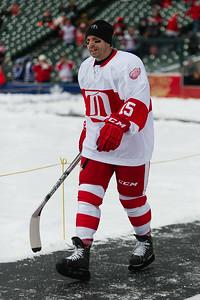 bap_2013_NHL-Winter-Classic-Alumni-Showdown_20131231123439_0833