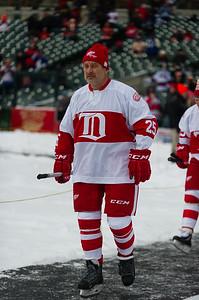 bap_2013_NHL-Winter-Classic-Alumni-Showdown_20131231123448_0839