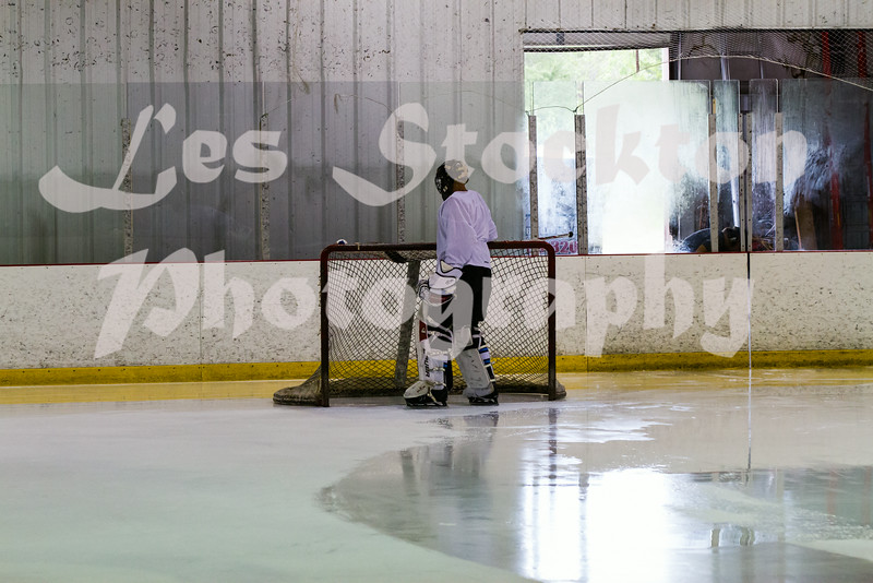 Reapers v Marshall Brewing Company<br /> <br /> The zamboni broke down and so they didn't finish the ice before this game.