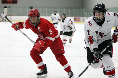 Chantal Gauvin (McGill) and Jennifer Meisner (CU) chase the puck (MURR2238)