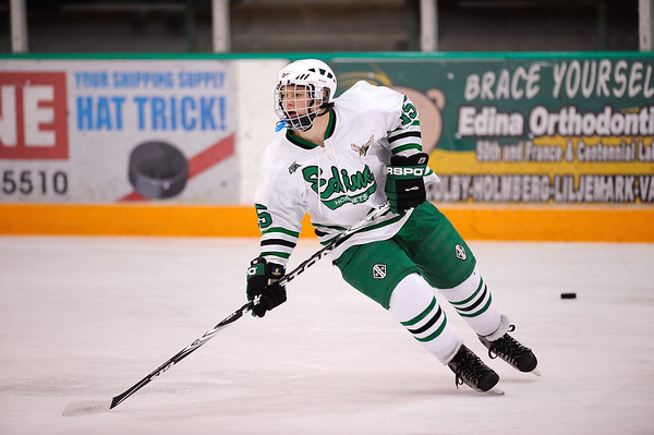 #15 NICK BAKKE Edina Hornets vs. Holy Angels Stars Junior Varsity Boys Hockey Order a photo print of any photo by clicking the 'Buy' link above.   TIP: Click the photo above to display a larger size Learn more about the images from this game
