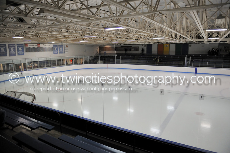 "<font size=""4"" face=""Verdana"" font color=""white"">BLOOMINGTON ICE GARDEN</font><p> <font size=""2"" face=""Verdana"" font color=""turquoise"">Edina Hornets vs. Holy Angels Stars Varsity Boys Hockey -2AA Semi-Finals</font><p> <font size=""2"" face=""Verdana"" font color=""white"">Order a photo print of any photo by clicking the 'Buy' link above.</font>  <font size = ""2"" font color = ""gray""><br> TIP: Click the photo above to display a larger size</font><p> <font size=""2"" face=""Verdana"" font color=""white""><a href=""http://twincitiesphotography.info/2010/02/27/edina-vs-holy-angels-section-2aa-semifinals/"" target=""_blank"">Learn more about the images from this game</a></font>"