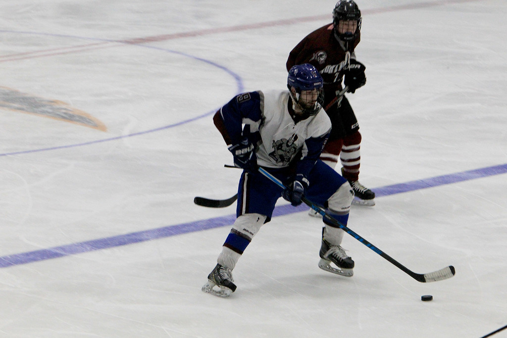 . Kunenburg\'s Connor Viviano skates with the puck . SENTINEL & ENTERPRISE / VINCENT APOLLONIO