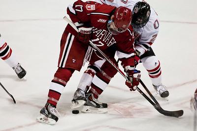 Jake Guentzel  NCAA Midwest Hockey Regional vs. Harvard