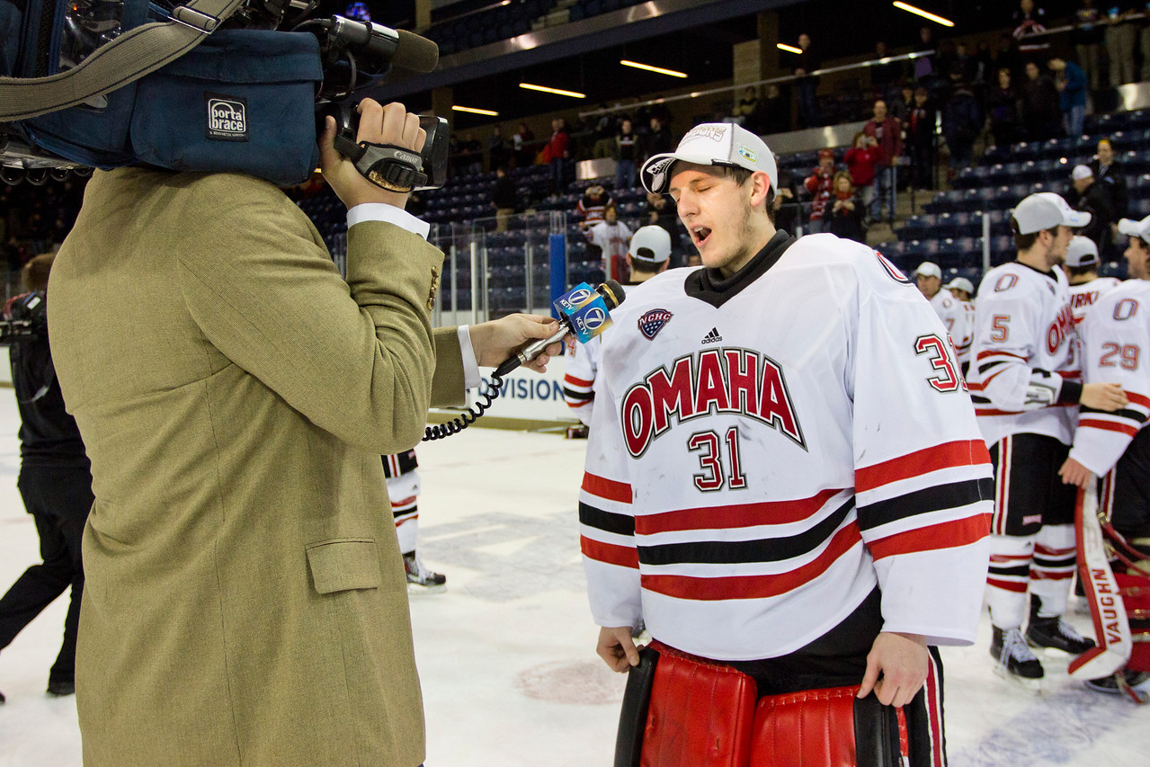 Ryan Massa  NCAA Midwest Hockey Regional vs. RIT