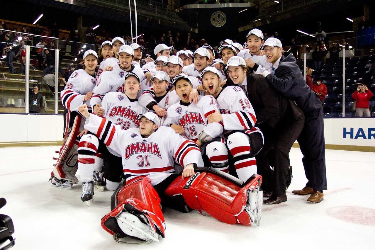 Maverick Hockey Team  NCAA Midwest Hockey Regional vs. RIT