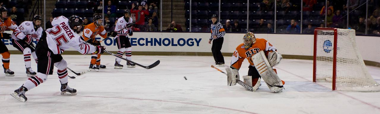 Justin Parizek  NCAA Midwest Hockey Regional vs. RIT