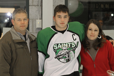 10 01 31 ME v Seton Sr Night-017