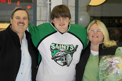 10 01 31 ME v Seton Sr Night-014