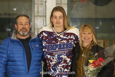 17 01 14 Elmira v Bing HS Hockey-30