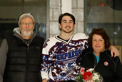 17 01 14 Elmira v Bing HS Hockey-33