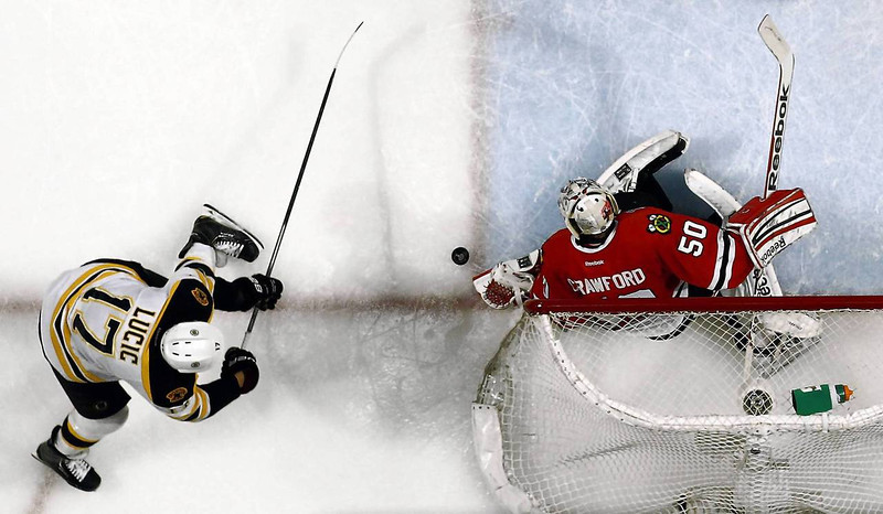 CT blackhawks-bruins67.JPG