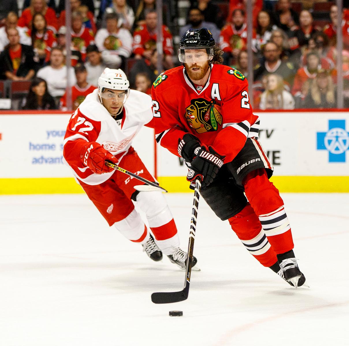 IMAGE: https://photos.smugmug.com/Sports/HockeyPhotos/Blackhawks-vs-RedWings-10-04/i-fTk6RsW/0/X3/CC6Q1624_4551-X2.jpg