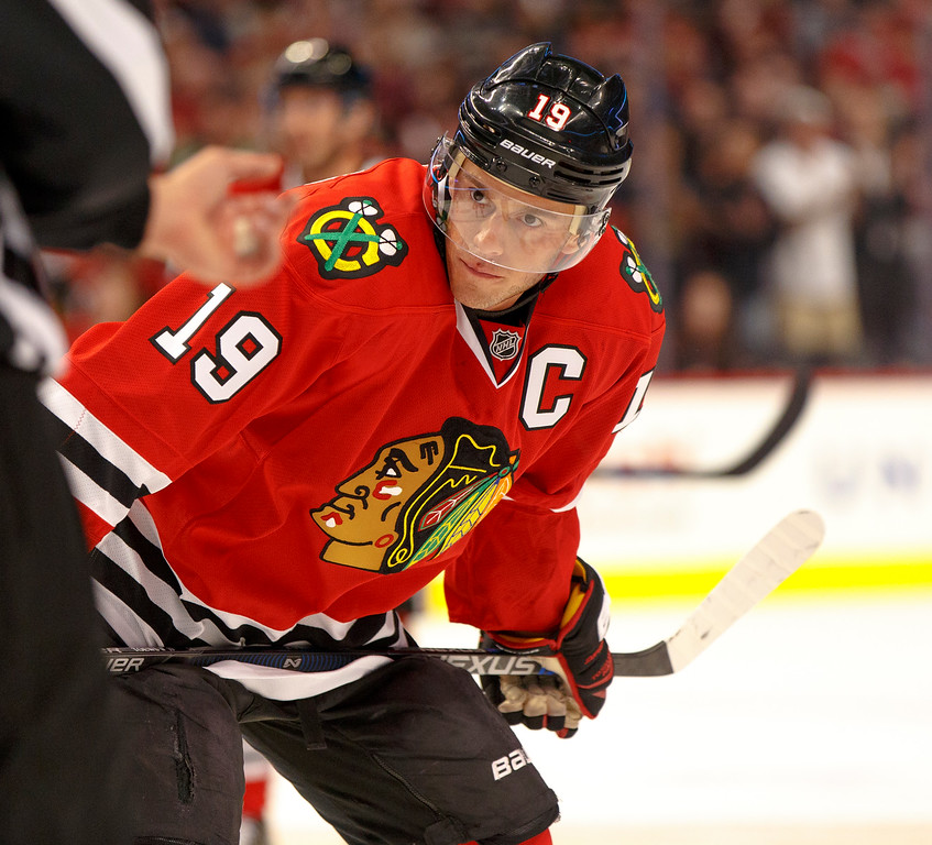 IMAGE: http://www.reicherstudios.com/Sports/HockeyPhotos/Chicago-Blackhawks-vs-St-Louis/i-4mdSpwx/0/XL/CC6Q4202_5449-XL.jpg