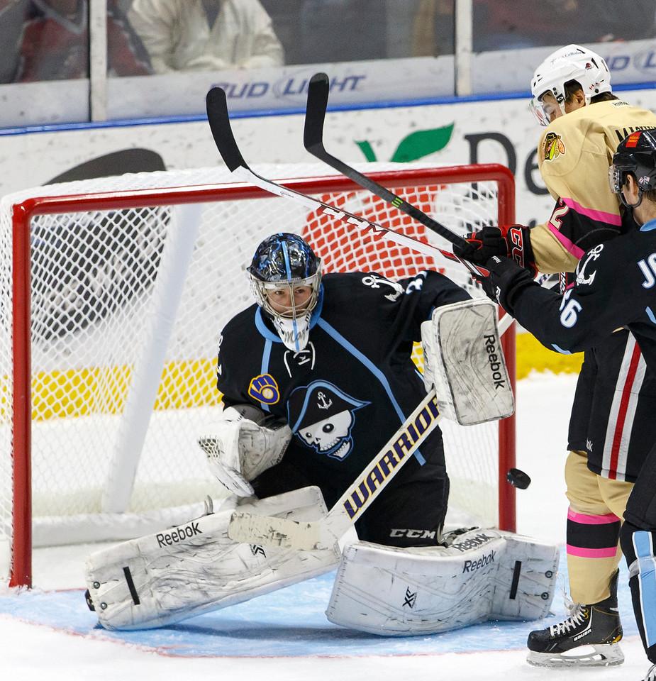 IMAGE: http://www.reicherstudios.com/Sports/HockeyPhotos/Hogs-v-Ads-01-25-14/i-W7TGckp/0/X2/IMG_1360-X2.jpg