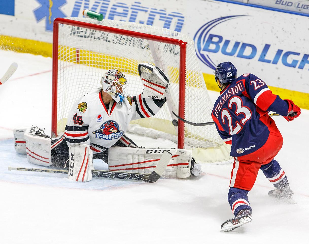 IMAGE: http://www.reicherstudios.com/Sports/HockeyPhotos/IceHogs-20142015/IceHogs-vs-Griffins-120614/i-vVCgHQC/0/X2/CC6Q8257-X2.jpg