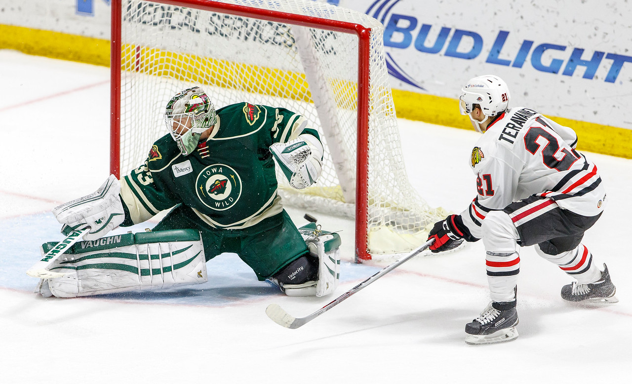 IMAGE: http://www.reicherstudios.com/Sports/HockeyPhotos/IceHogs-20142015/IceHogs-vs-Wild-12-26-14/i-r7cjmhV/0/X2/CC6Q9136-X2.jpg