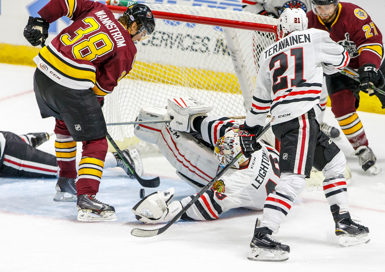 IMAGE: http://www.reicherstudios.com/Sports/HockeyPhotos/IceHogs-20142015/IceHogs-vs-Wolves-10-25-14/i-T2WhWtB/0/X2/CC6Q3137-X2.jpg