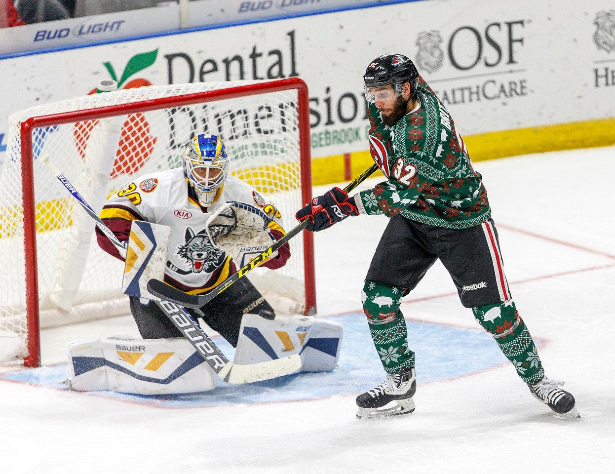 IMAGE: http://www.reicherstudios.com/Sports/HockeyPhotos/IceHogs-20152016/11-27-15-IceHogs-vs-Wolves/i-W6JCkNv/0/X2/CC6Q0598_4256-X2.jpg