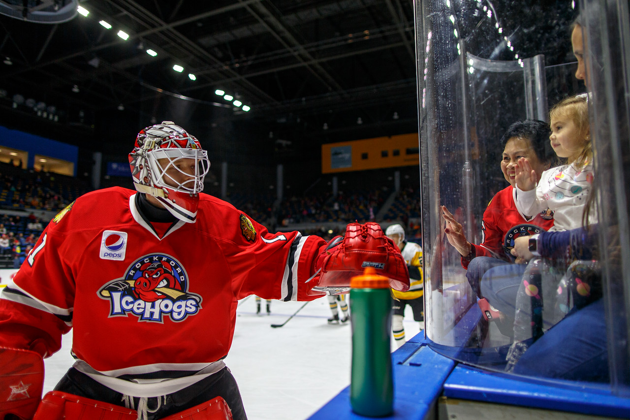 IMAGE: https://photos.smugmug.com/Sports/HockeyPhotos/IceHogs-2017-2018/03-03-18-IceHogs-vs-Penguins/i-9KpFrms/1/129d4ac7/X2/CC6Q3004-X2.jpg