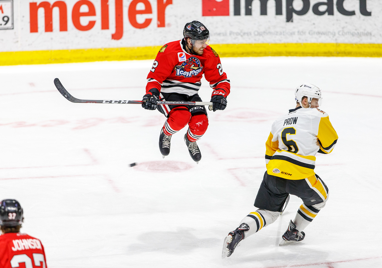 IMAGE: https://photos.smugmug.com/Sports/HockeyPhotos/IceHogs-2017-2018/03-03-18-IceHogs-vs-Penguins/i-DNFmn6P/0/0e68ed31/X2/CC6Q3153-X2.jpg