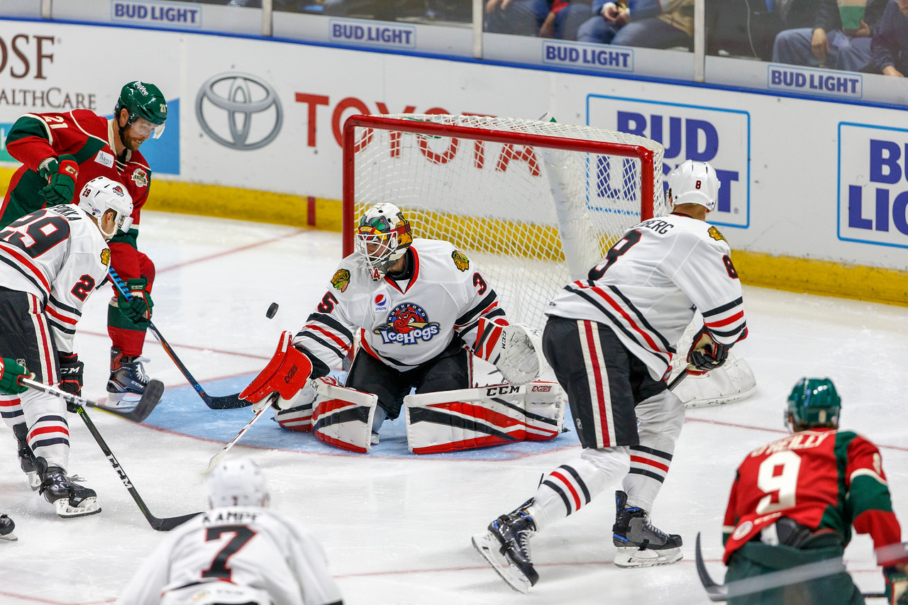 IMAGE: https://photos.smugmug.com/Sports/HockeyPhotos/IceHogs-2017-2018/10-14-17-IceHogs-vs-Wild/i-qjxBPFm/0/7fa0216a/X2/CC6Q3608_0227-X2.jpg