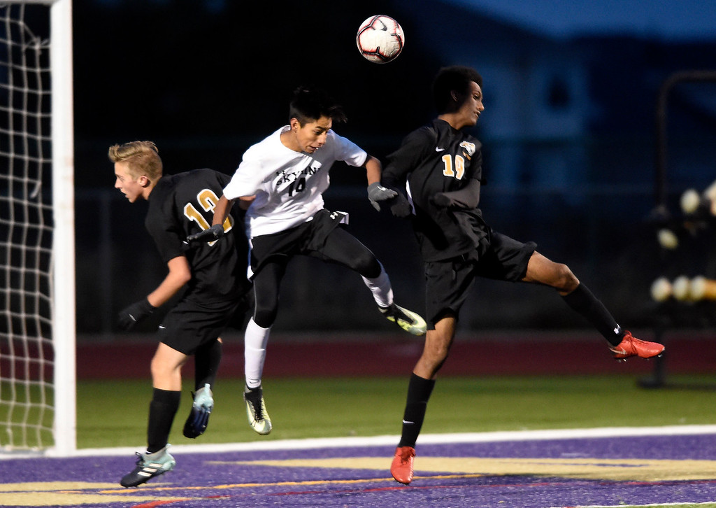 . BROOMFIELD, CO - OCTOBER 8, 2018: Skyline High School\'s Gabriel Sosa heads the ball during a game against Holy Family on Monday in Broomfield. More photos: BoCoPreps.com (Photo by Jeremy Papasso/Staff Photographer)