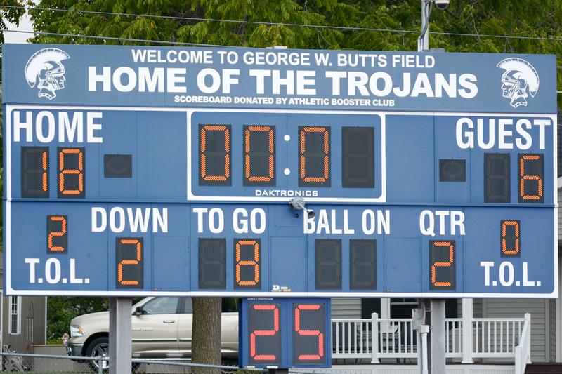 Homer Jr Tackle vs Groton 9/17/16 jasonrarnold.com