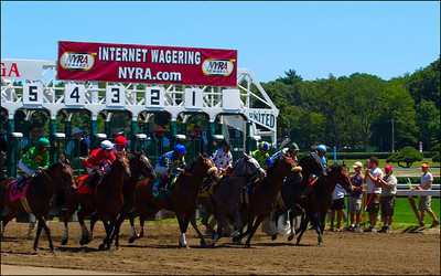 They're Off at Saratoga!!!!  Sumwonlovesyou breaking from the 3 hole steps out to lead the field in an allowance race for non-winners of 1 other than.