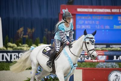 Amanda Derbyshire, Washington International Horse Show