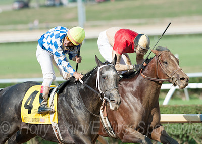 Macho Macho with Corey Nakatani (outside) wins the West Virginia Derby over Bourbon Courage with Deshawn Parker aboard
