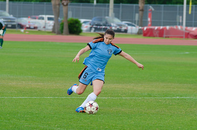Houston Aces forward/midfielder Natalia Ariza (6) Houston Aces Vs Lonestar SC on Saturday, May 10th at Carl Lewis International Track & Field Complex in Houston TX