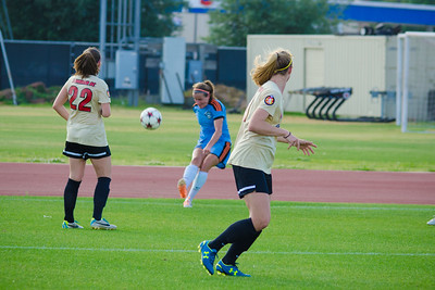 Houston Aces midfielder/forward Lauren Prewitt (21) Houston Aces Vs Lonestar SC on Saturday, May 10th at Carl Lewis International Track & Field Complex in Houston TX