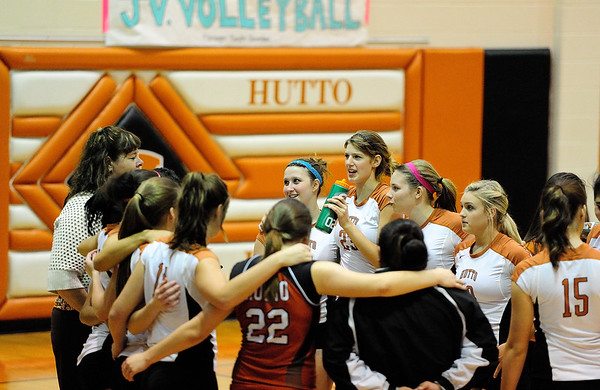 Hutto Volleyball vs Cedar Creek